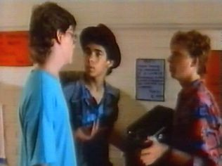 The Degrassi Junior High Gallery on YCDTOTV.de   Path: www.YCDTOT.de/djh_img/e2_087.jpg